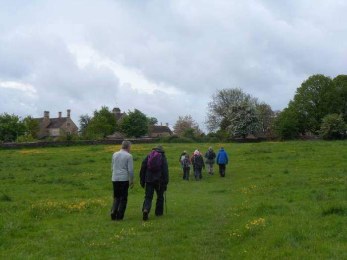 The weather forecast had not been encouraging but the rain had stopped and we set off from Eastleach to Southrop