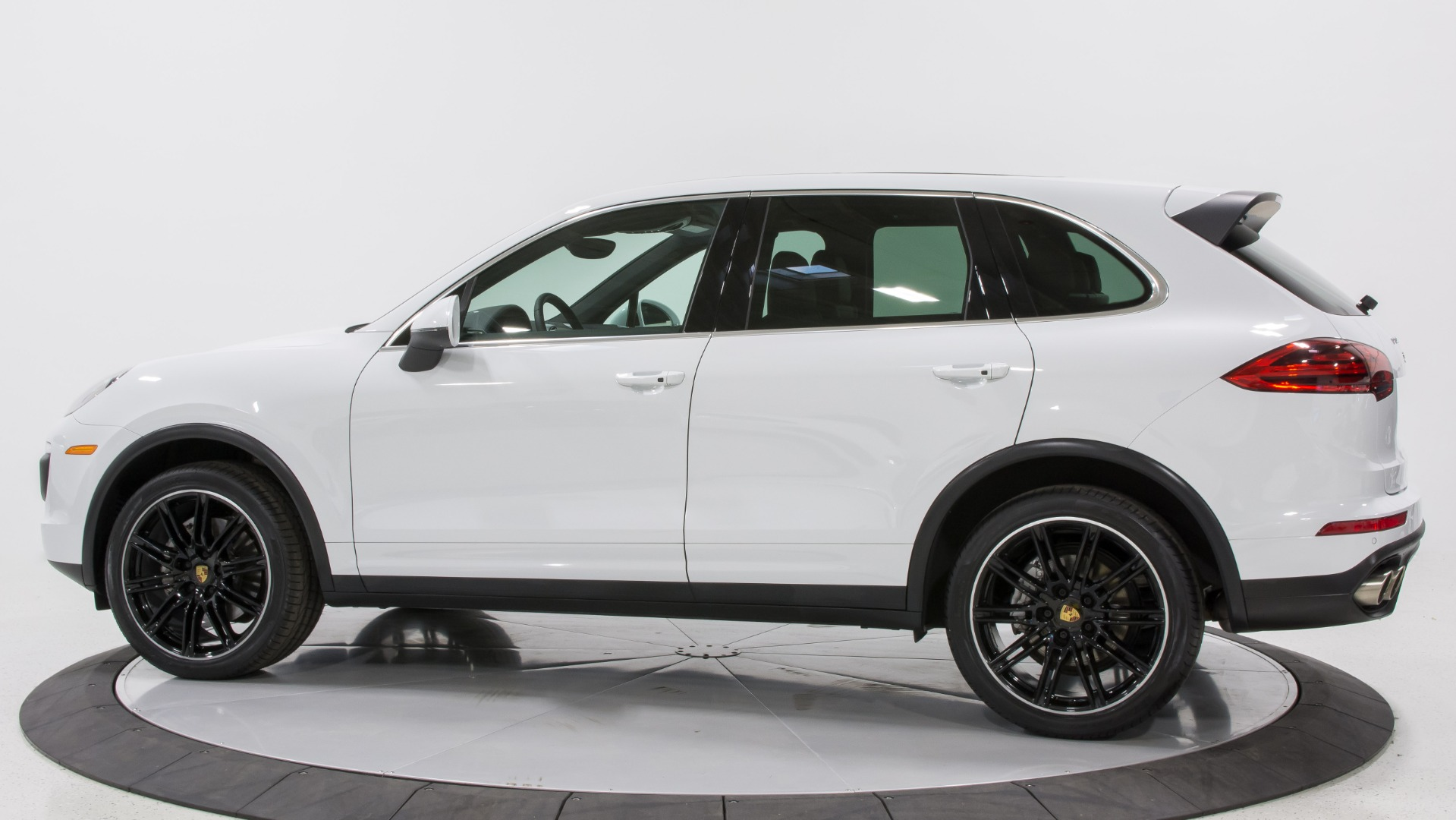 hight resolution of 2015 porsche cayenne s stock 22567 for sale near pompano beach fl porsche cayenne console 2015 porsche cayenne trailer wiring