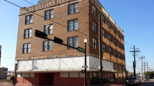 Beaumont Commercial Real Estate Listings - Downtown Beaumont office space - 604 Park b