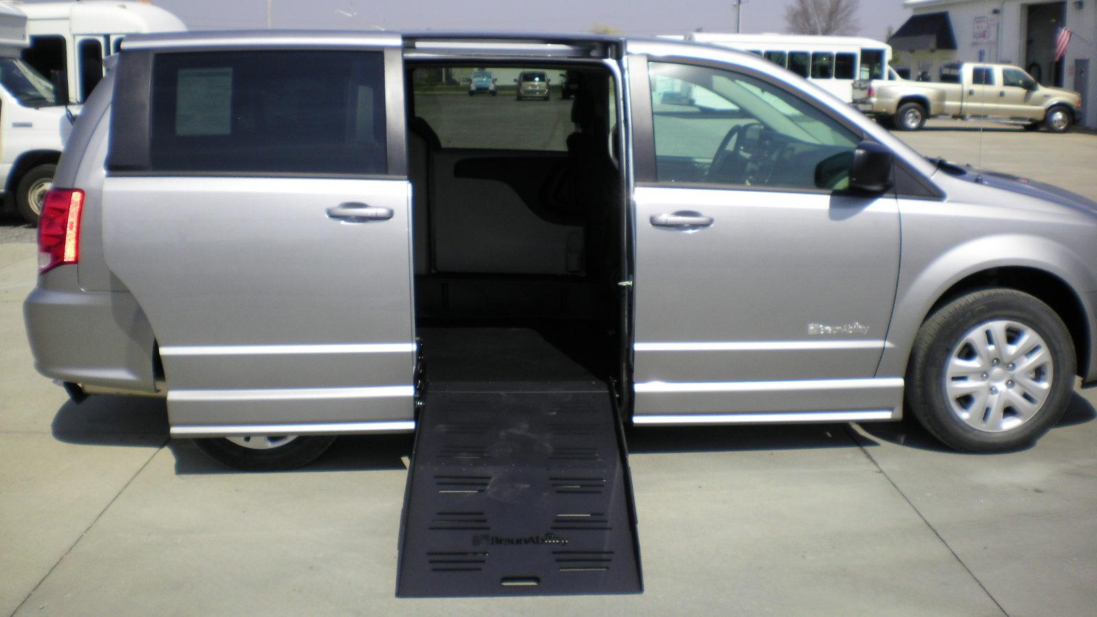 wheelchair van parts spandex chair covers aliexpress 2018 dodge grand caravan se braunability companion