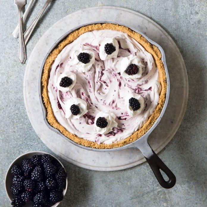 Blackberry Cheesecake Icebox Pie