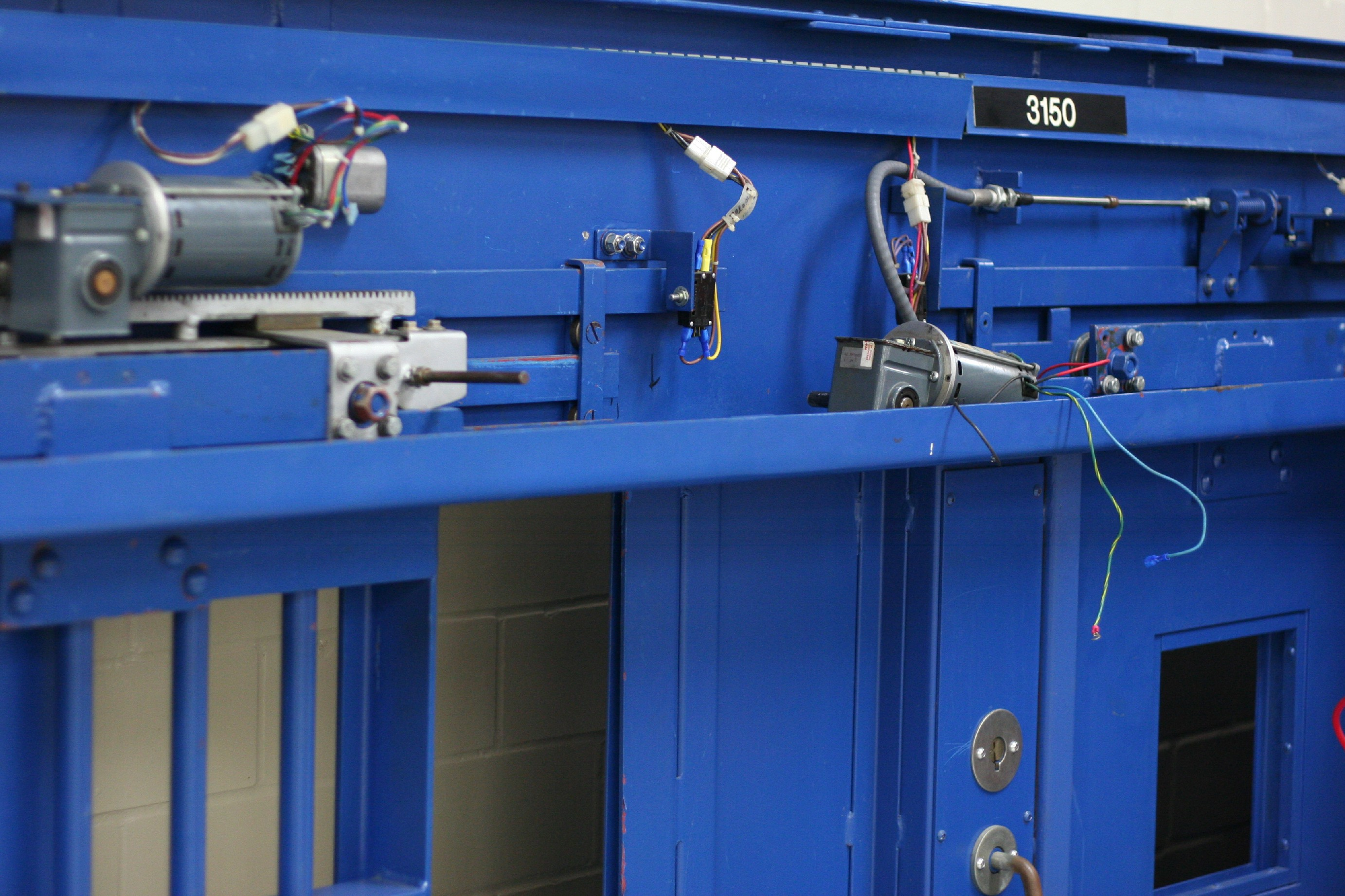 How To Build Electronic Security Door Key Circuit Diagram