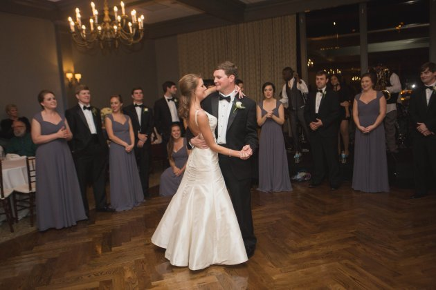 Southern Glam Winter Southern Country Club Wedding in Valdosta. Photo by Amanda Sumner Photography