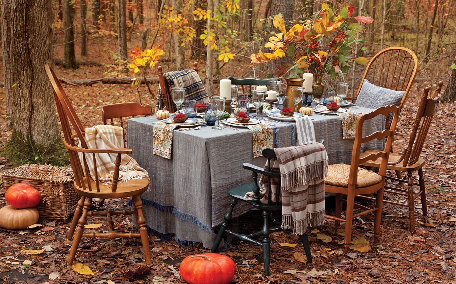 Fall Leaves Nd Burlap Wallpaper Charming Autumn Tablescapes Southern Lady Magazine