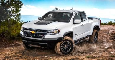 2018-Chevrolet-Colorado-ZR2-078