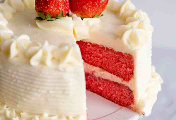 Fresh Strawberry Cake With Cream Cheese Icing Southern Plate