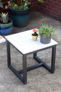 DIY Outdoor Side Table | Pottery Barn Knockoff