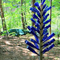 {Mom's Garden} Blue Bottle Tree