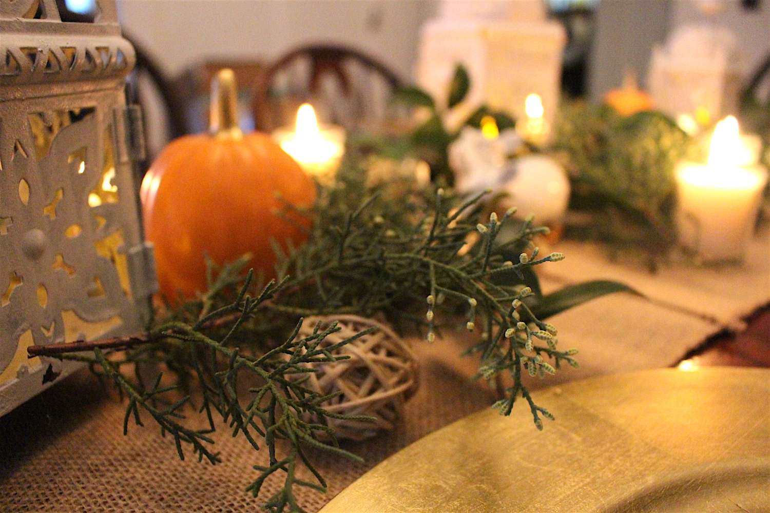 Thanksgiving table: Decorating on a budget