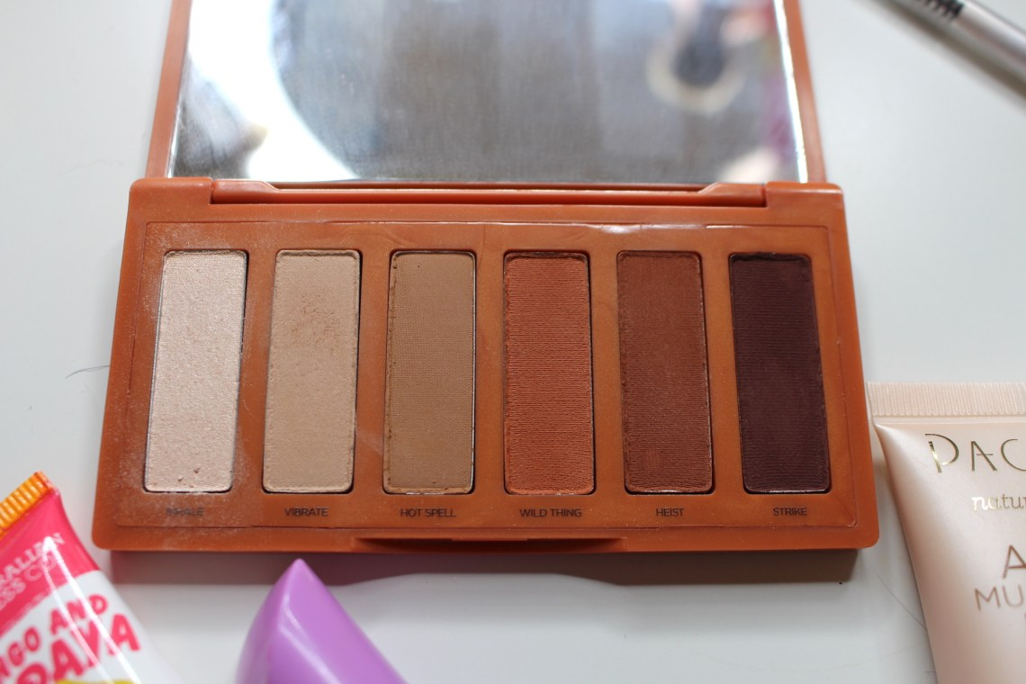 Summer makeup products, Naked Heat petite palette