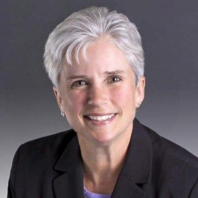 LINDA BOLAN<br><em>Vice President, National Property Management </em><br>Columbia Property Trust