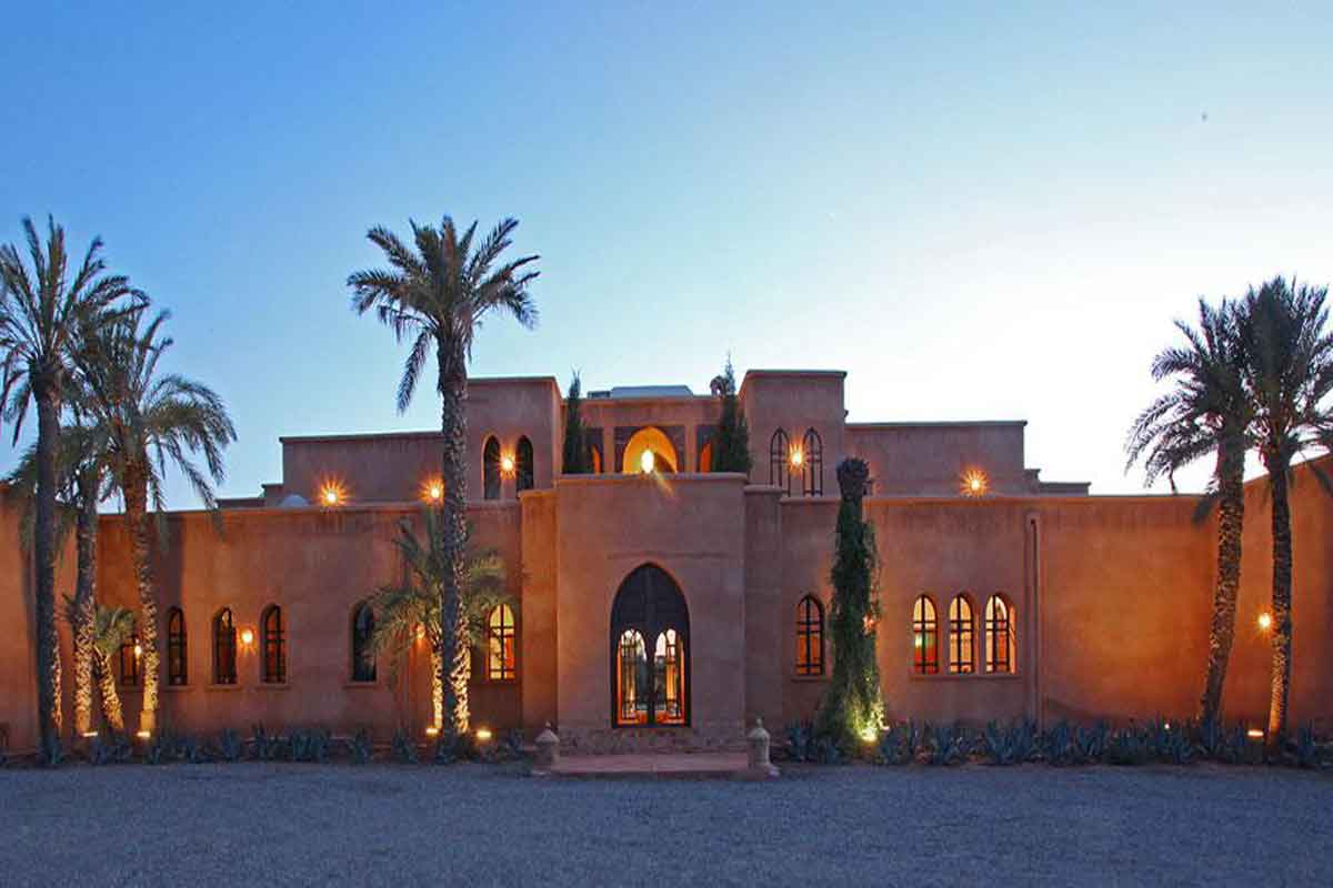 Luxury Moroccan Villa to rent with Pool to sleep 14
