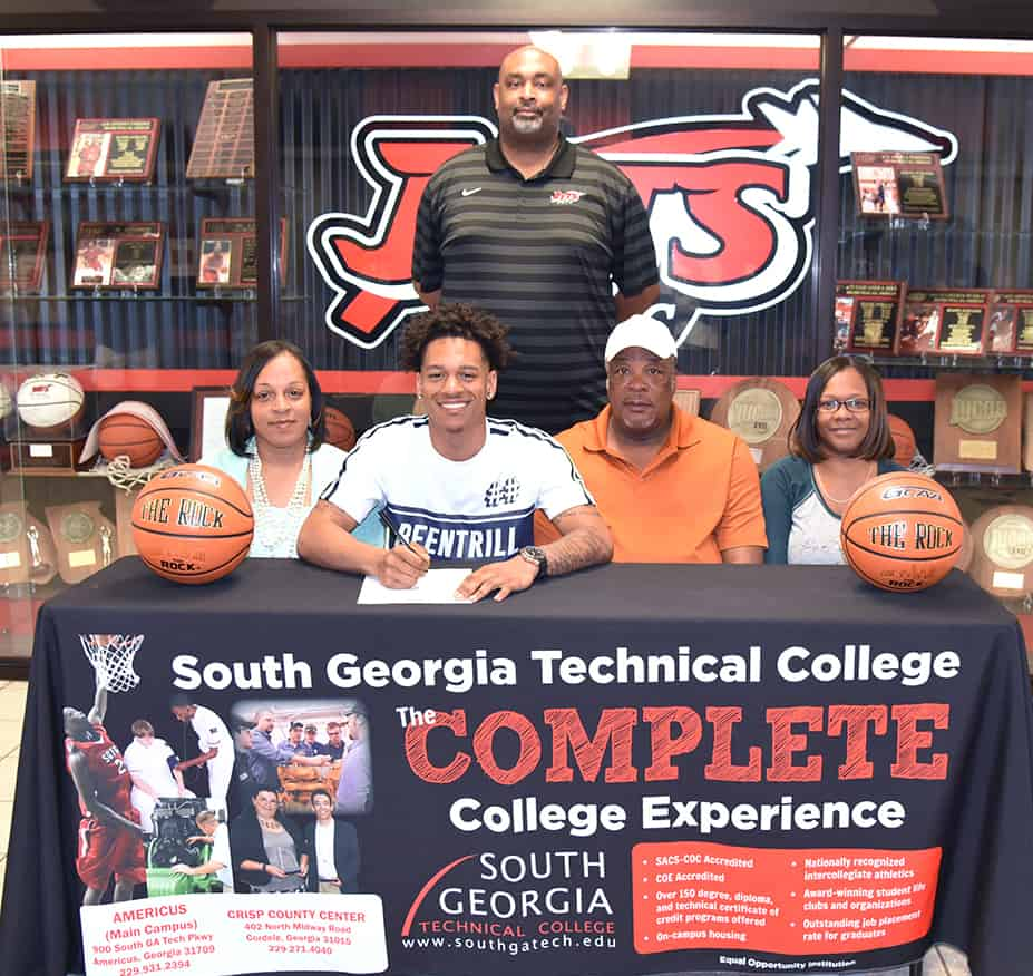 Sgtc's Derrick Trawick Signs Letter Of Intent To Play Basketball With Allen  University.