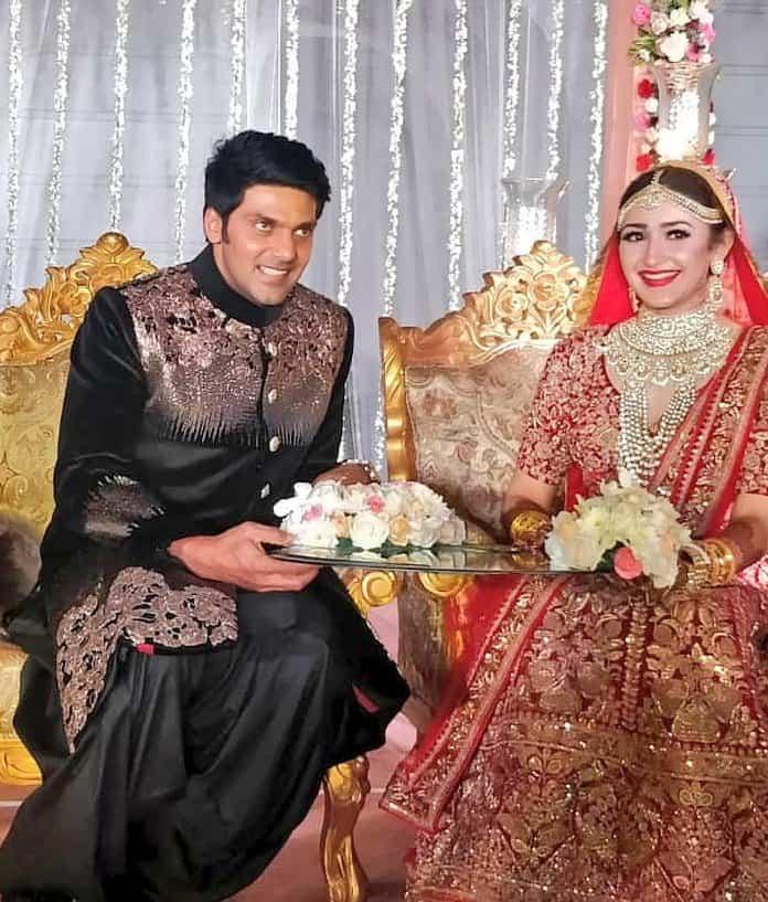 Arya and Sayyeshaas Sangeet and Wedding Photos