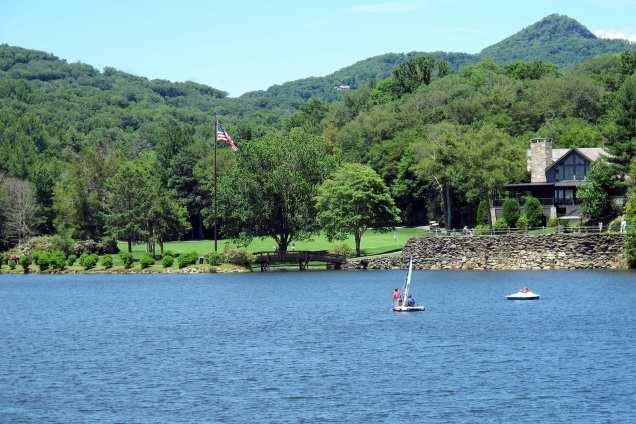 Sailing-on-Lake-Dornie