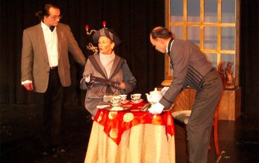 importance-of-being-earnest-3