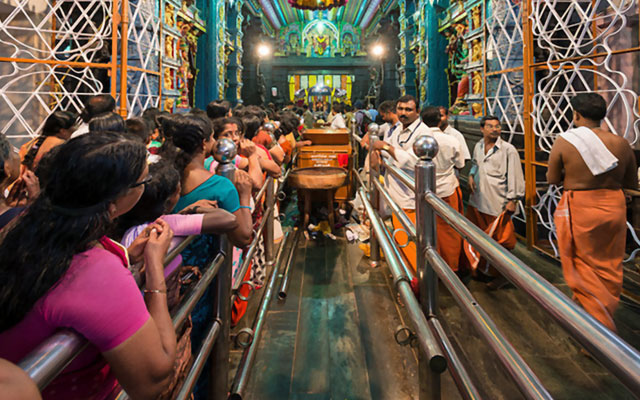 Devotees in Attukal Bhagavathy Temple