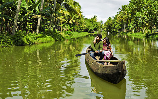 a newly married couple celebrating their valentine's day in Kumarakom backwaters