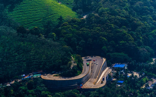 Kerala Nature Beauty of wayanad thamarassery churam vehicle pass through green mountain ghat road best place to visit in India