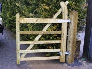 five-bar-farm-gate-ammanford-4
