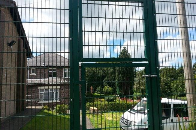 mesh panel ball stop playground fence