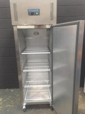 Stainless steel refrigerator ( large 20 cu ft )