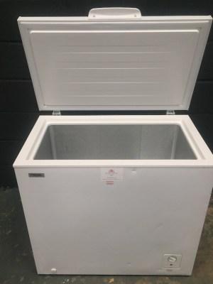 Chest Freezer 194 L