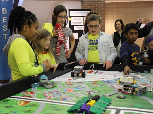 Minneapolis Students Compete In Robotics Tournament