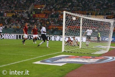 Il gol di Crespo