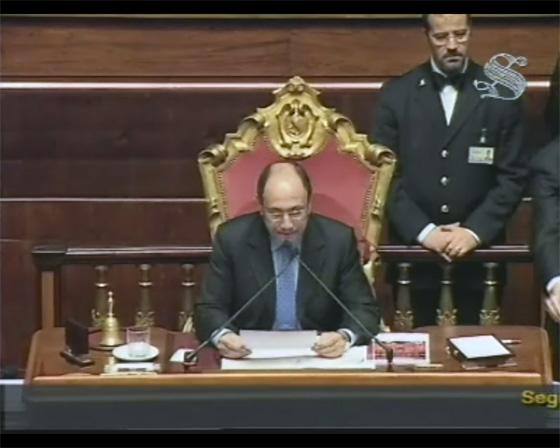 Screenshot dalla WebTV del Senato mentre il Presidente Schifani legge l'esito del voto