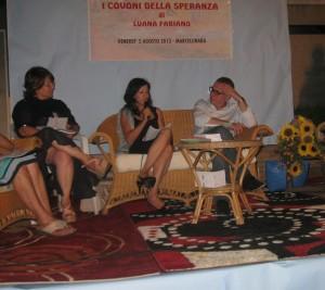 Al centro Luana Fabiano e accanto l'assessore Mario Caligiuri