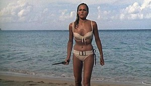 Ursula Andress in Dr. No - fonte Wikipedia EN