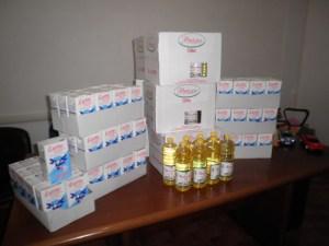 Chiaravalle – Donati al CVS 80 litri di olio alimentare e 80 litri di latte per le famiglie bisognose