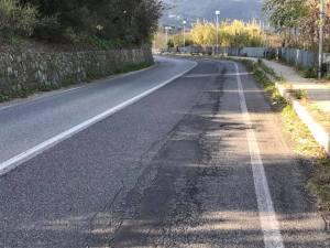 Soverato – Strada provinciale 124 dissestata, urgono interventi