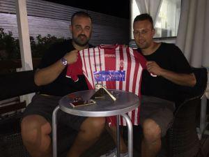 Davide Procopio firma per il Club Quadrifoglio Soverato
