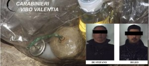 Bomba artigianale scoperta in un negozio, due arresti