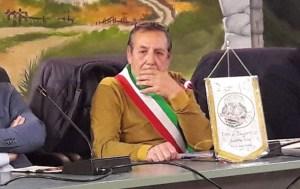 Torre di Ruggiero, il sindaco querela i forzisti Sanzo e Tino
