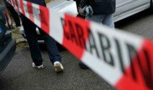 Quattro persone trovate morte in casa, coniugi e due figli. Indagini dei carabinieri