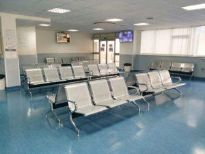 Migliorato il confort della sala d'attesa del Pronto Soccorso di Lamezia Terme