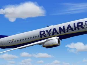 Manca il carburante, volo Ryanair da Crotone costretto ad una sosta a Lamezia Terme