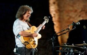 Strepitoso concerto di Pat Metheny al Parco Scolacium di Borgia