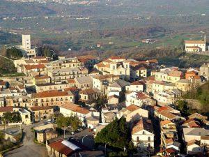 Chiaravalle Centrale, il Comune recluta 30 unità per sei mesi