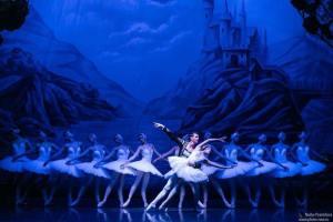 """Soverato – Summer Arena, giovedì 9 il Balletto di San Pietroburgo ne """"Il lago dei cigni"""""""