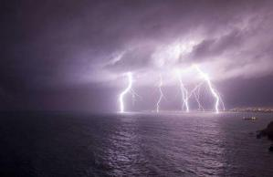 Temporali in arrivo, allerta meteo gialla per la Calabria