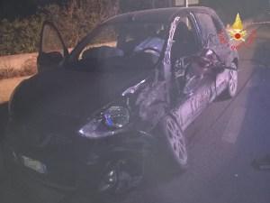 Tragico incidente stradale nella notte nel catanzarese, due ragazzi morti