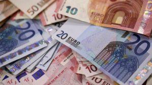 Vent'anni di storture dell'euro