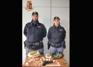 """Catanzaro – Blitz nel quartiere """"Aranceto"""", arresti e denunce"""