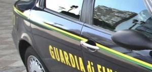 Trovato in possesso di 5.000 euro falsi, arrestato