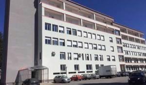 Ascensore rotto nell'ospedale di Serra San Bruno, il defunto resta in reparto