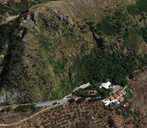Per il disgaggio urgente del versante istituito senso unico alternato sulla Ss 558 a Tiriolo